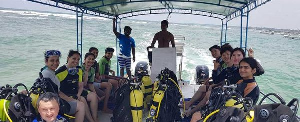 The Best Place to Experience Diving in Hikkaduwa